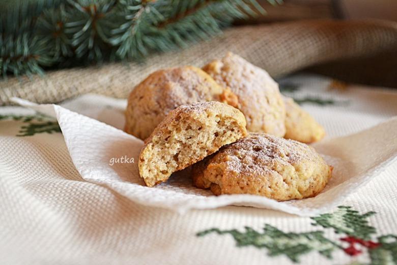 Печиво з яблуком і корицею