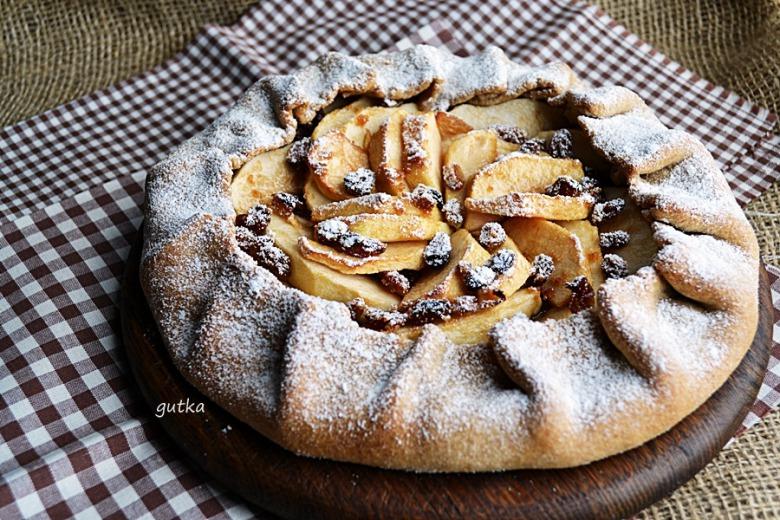 Відкритий пиріг з яблуками