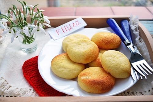 Сирники  з рисовим борошном (приготовлені в духовці)