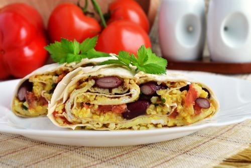 Смачний сніданок у мексиканському стилі