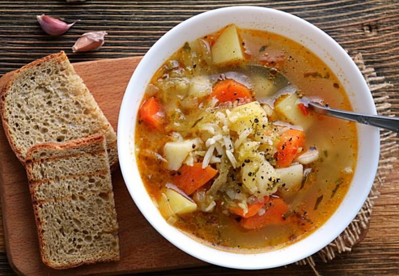Суп із квашених огірків (zupa ogórkowa)