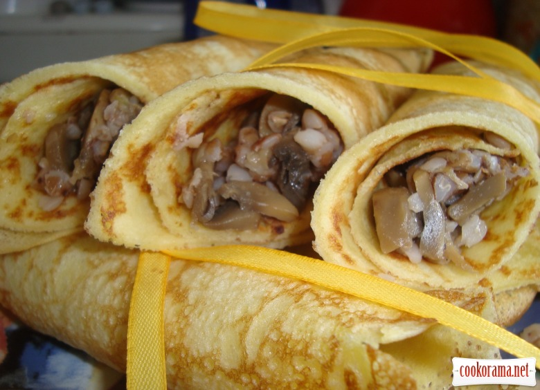 Pancakes with buckwheat and mushrooms