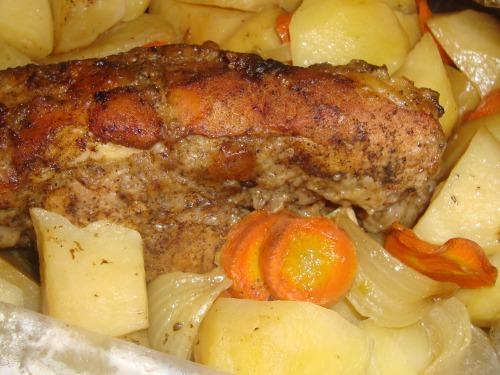 М'ясо з овочами запечене в рукаві