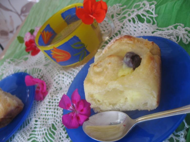 Сирні булочки з пудингом