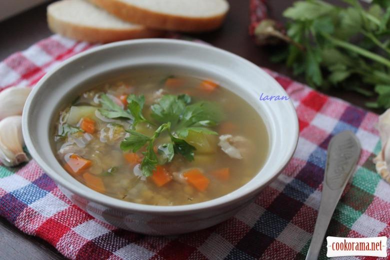 Суп з сочевицею та свининою
