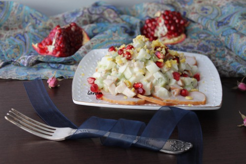Salad with chicken breast and pomegranate