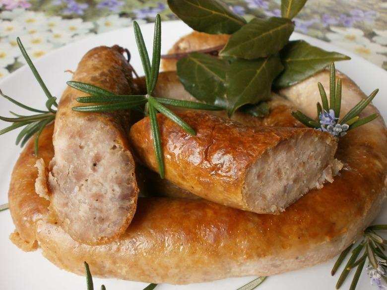 Колбаса домашняя, запеченая с прованскими травами