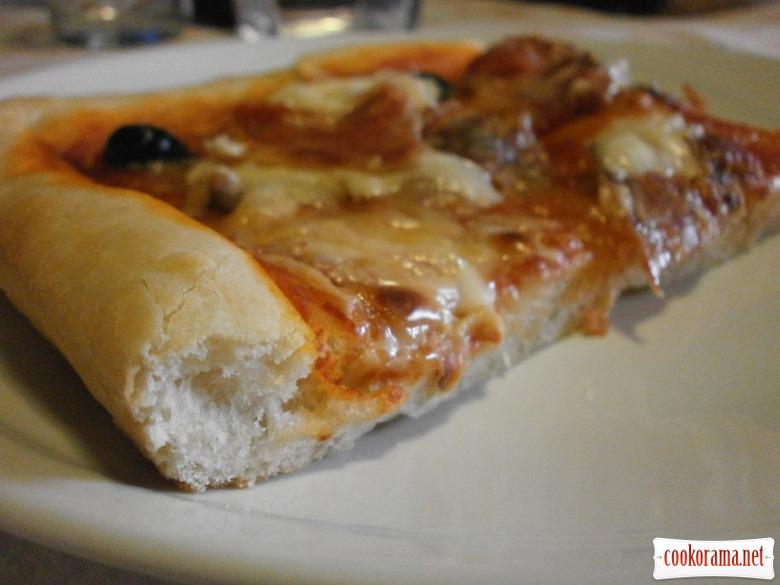 готова піца