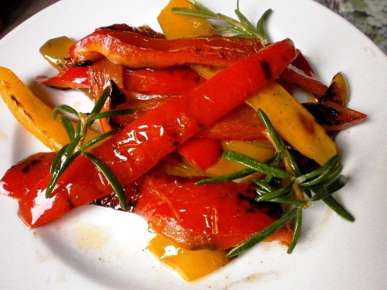 Запечений маринований болгарський перець