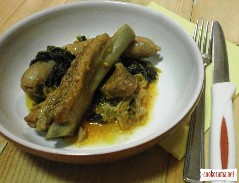 савойська капуста м*ясо ковбаски
