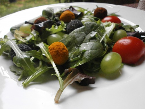 Салат-закуска с сырными шариками