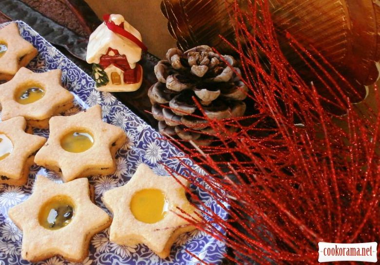 Печиво «Новорічна зірка» з шоколадно кавовим наповнювачем та лікером.