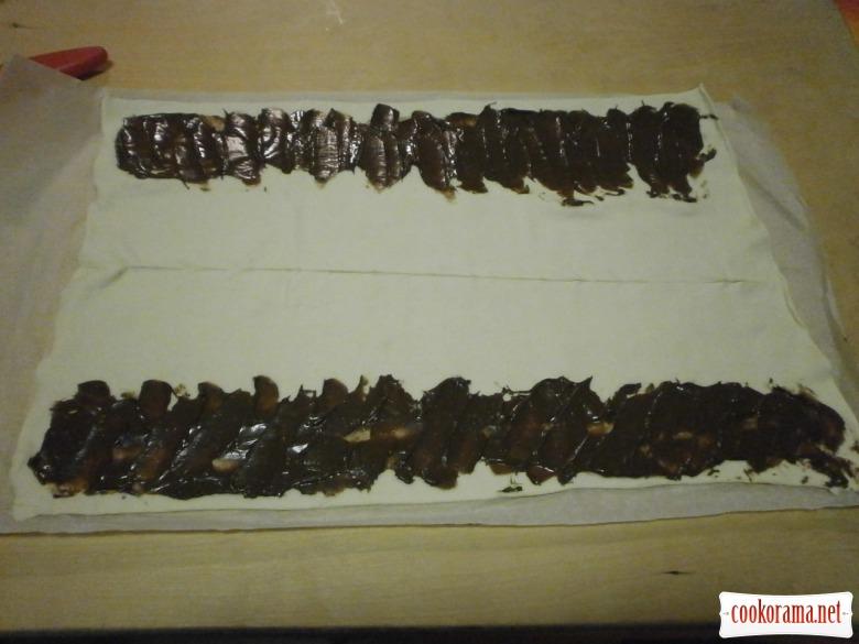 тісто листкове намазати кремом