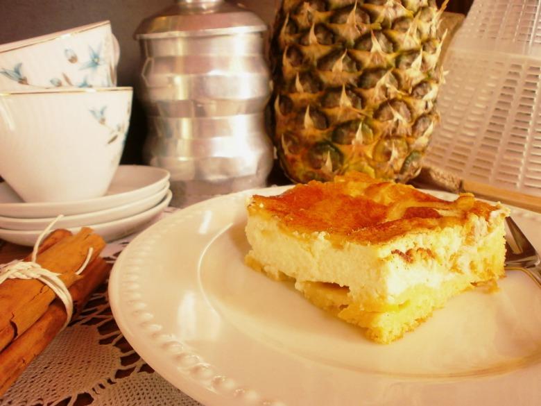 Ананасово - сирний пиріг