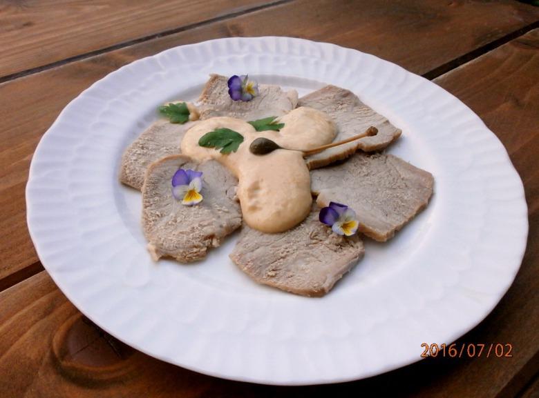 """Говядина под соусом из тунца (""""Vitello tonnato"""")"""
