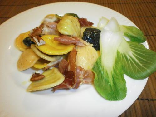 Паста з китайською капустою бок - чой ( пак чой)