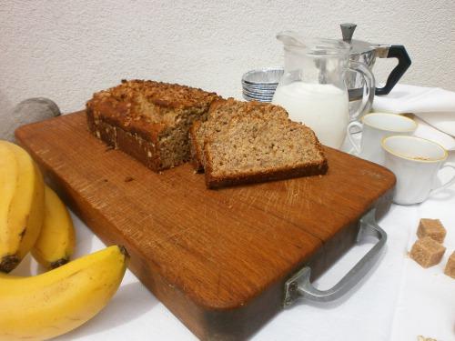 Банановий хліб з вівсяними пластівцями