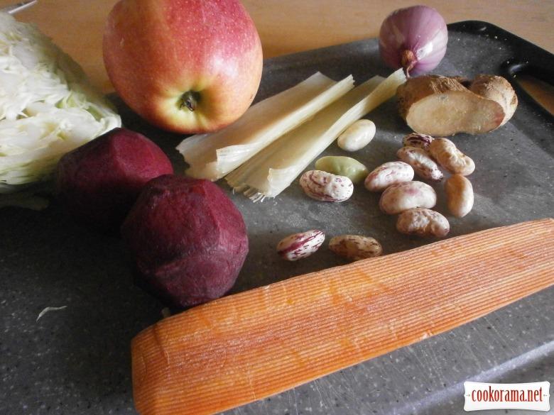 Борщ на яблучно - овочевому бульоні з імбирем