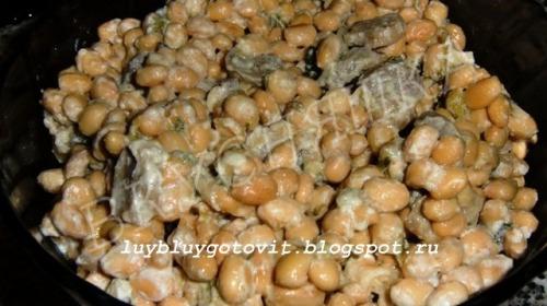 Соевые бобы в сливках с грибами