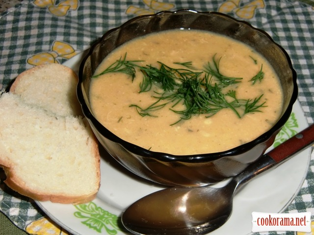 Крем-суп с куриным филе и морковью