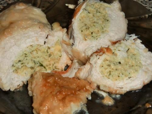 Куриная натуральная котлета фаршированная зеленью и сыром