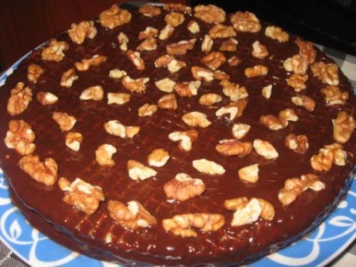 Вафельно-шоколадний торт