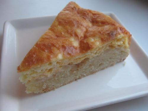 Сирно-цибулевий французький пиріг