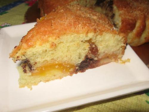 Пиріг з шоколадом та абрикосами