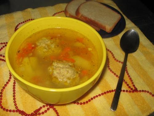 Суп із фрикадельками та кус-кусом