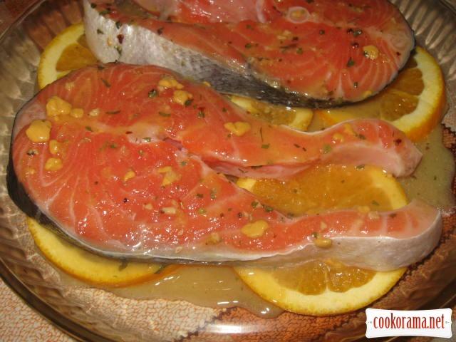 Лосось запечений у апельсиновому соусі