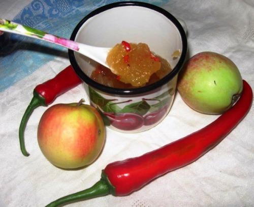 Яблучний конфітюр з гострим перцем чилі