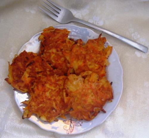 Морквяно-сирні оладки