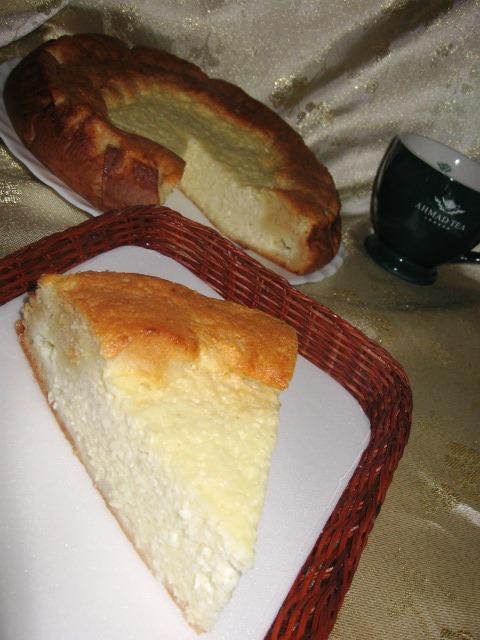 Швидкий сирний пиріг-ватрушка