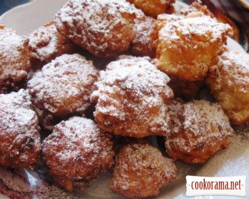 Творожные пончики с яблоками