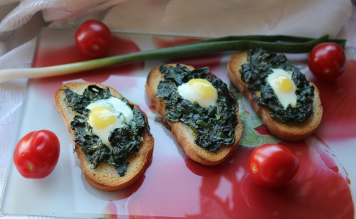Тости з шпинатом і яйцем