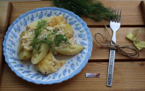 Пікантна  картопля, запечена в молоці з кмином