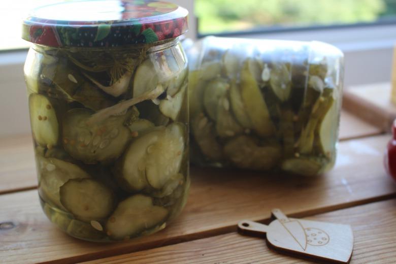 Шведський салат з огірків