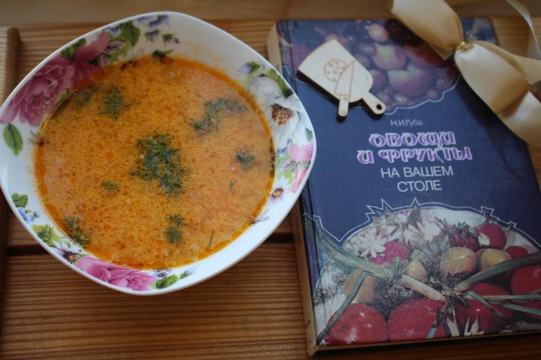 Картопляний суп з плавленим сирком