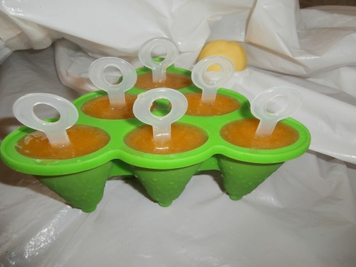 Холодна вітамінка (яблучно-абрикосове морозиво)