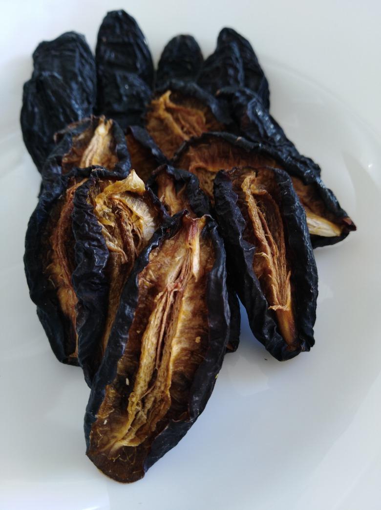 Чорнослив (сушена слива сорту угорка)