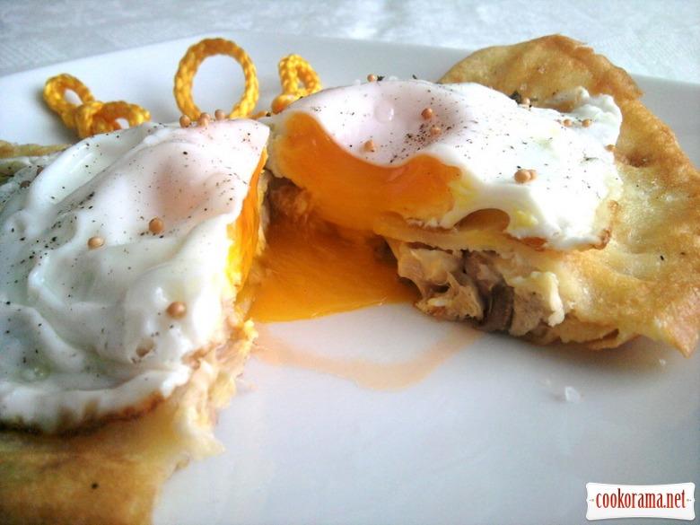 Блинные сэндвичи «Крок-мадам» и «Крок-месье»