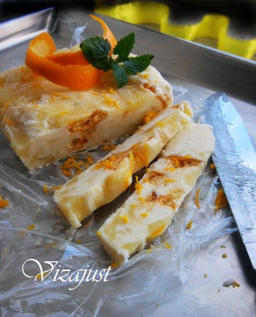 Parfait with lemon curd and orange meringue