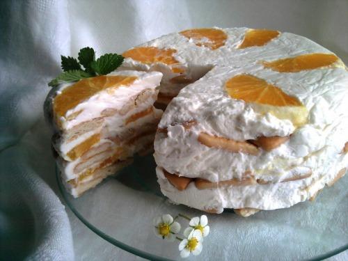 Сметанковий торт з крекеру