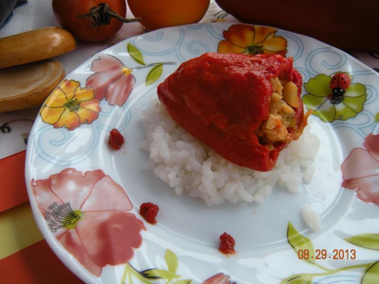 Перець фарширований рибою )))