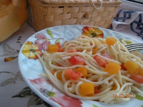 Салат з пастою та гарбузом