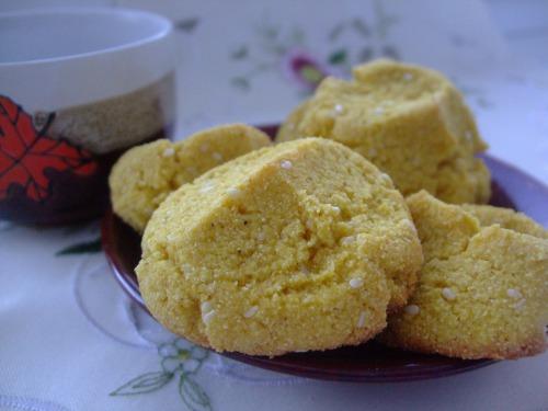 Кукурудзяне печиво з кунжутом