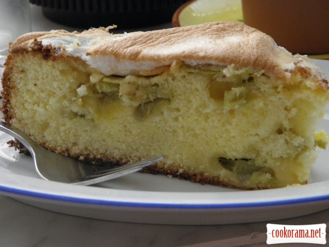 Пиріг з ревенем