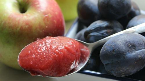 Сливово-яблучне пюре для найменших