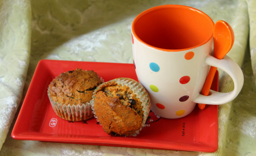 Poppy muffins with dried fruit in honey