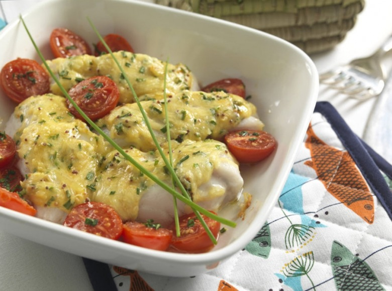 Запеченная треска с помидорами